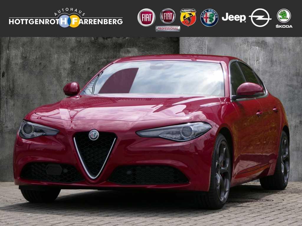 Alfa Romeo Giulia Super 2.0 Turbo 16V 200PS, Jahr 2019, Benzin