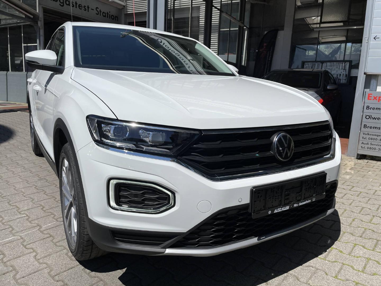 Volkswagen T-ROC Style 1.5 TSI OPF DSG -AHK-LED-Navi-, Jahr 2021, Benzin