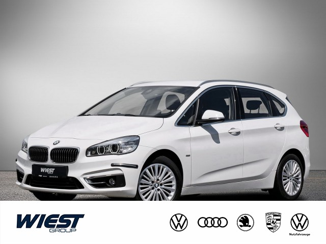 BMW 220i Active Tourer Steptronic Luxury Line, HUD Navi GRA LED Kam 2xPDC SHZ Klima, Jahr 2015, Benzin