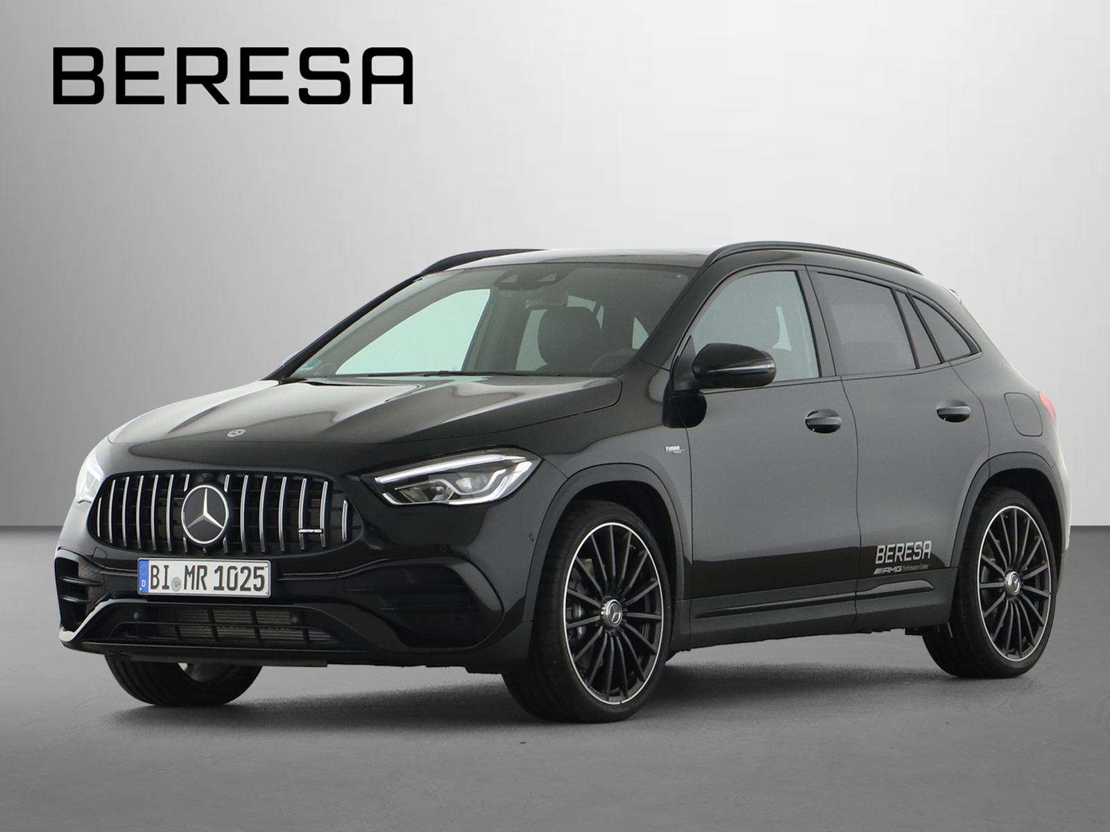 Mercedes-Benz GLA 45 AMG 4MA Designo Burmester Fahrassist., Jahr 2020, Benzin
