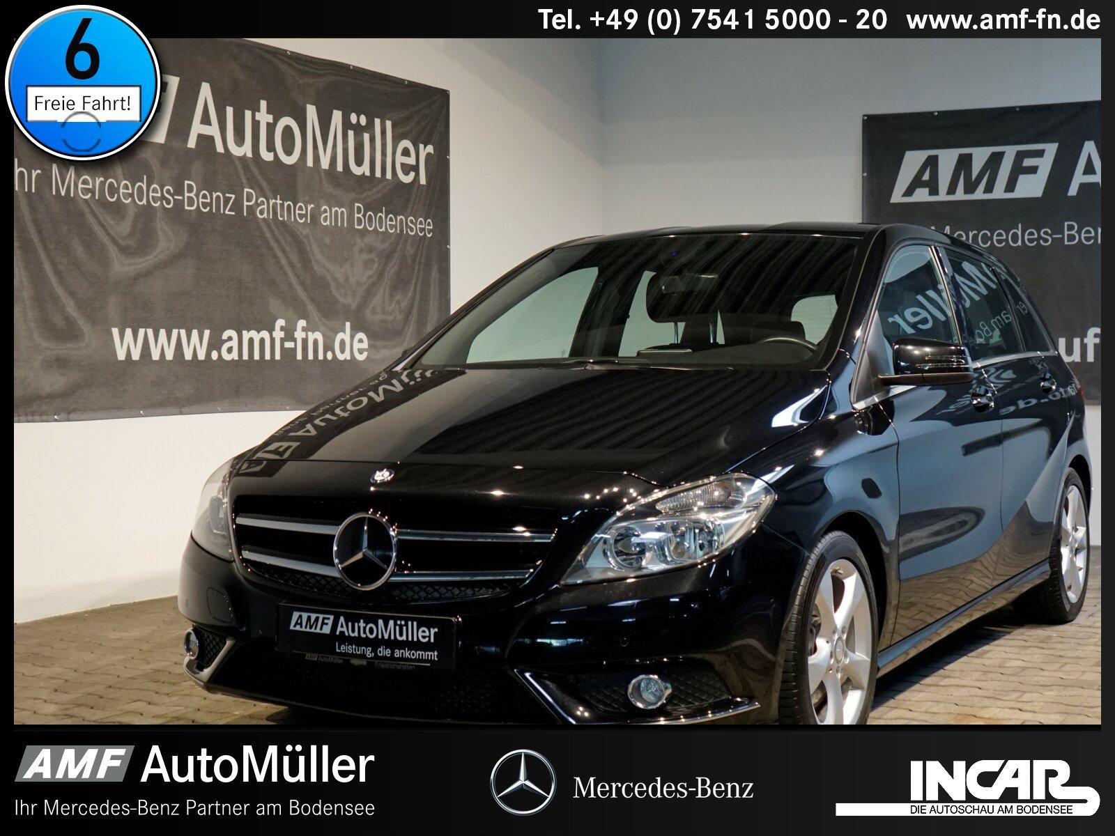 Mercedes-Benz B 180 SportPaket NAVIGATION/EINPARKHILFE, Jahr 2014, Benzin