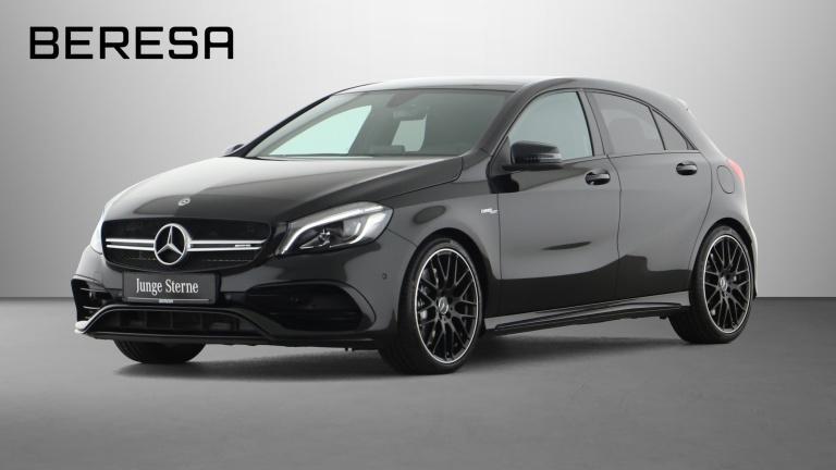 Mercedes-Benz A 45 AMG 4M Pano. Harman Ambiente 19'' Gurte rot, Jahr 2018, Benzin