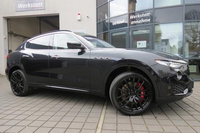 Maserati Levante 3.0 V6 TwinTurbo Sport Pano/Kam/21Zoll/A, Jahr 2017, Benzin