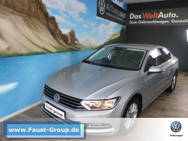 Volkswagen Passat Comfortline UPE 39000 EUR Navi AHK Klima, Jahr 2016, Diesel