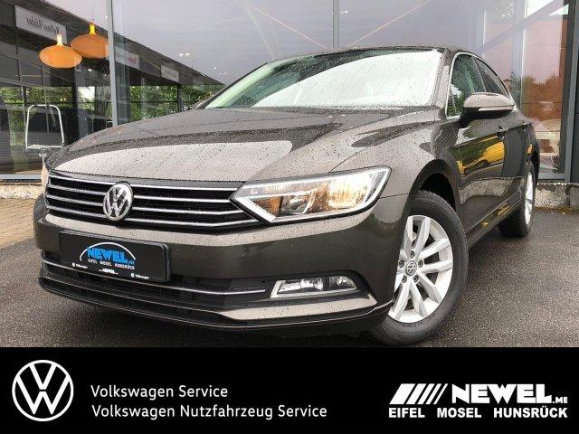 Volkswagen Passat 1.4 TSI Comfort *NAVI*SHZ*ACC*PDC*3ZKLIMA, Jahr 2016, Benzin