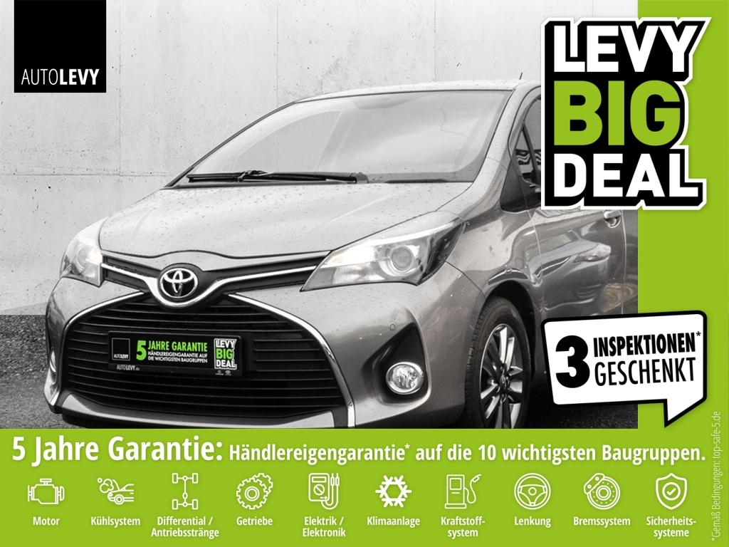 Toyota Yaris 1.5 Design *PDC*NAVI*ALLWETTER*LMF*BT*, Jahr 2015, Benzin