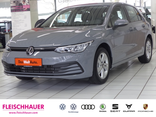 Volkswagen Golf VIII Life eTSI 1.5 EU6d-Temp, Jahr 2020, Benzin