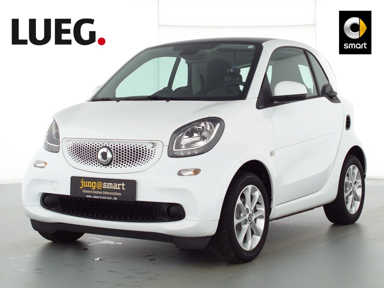 smart fortwo coupé 52kW (71 PS) passion Pano., Jahr 2017, Benzin