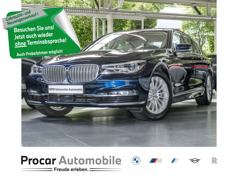 BMW 750i PureExcellence+Glasdach+Komfortsitze+Laser, Jahr 2016, Benzin