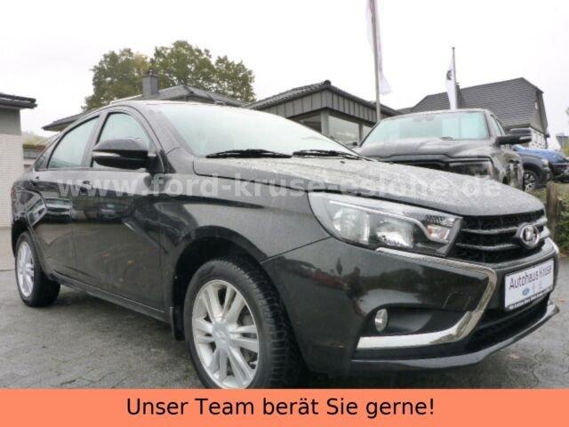 Lada Vesta 1.6 16V Luxus, Jahr 2018, Benzin