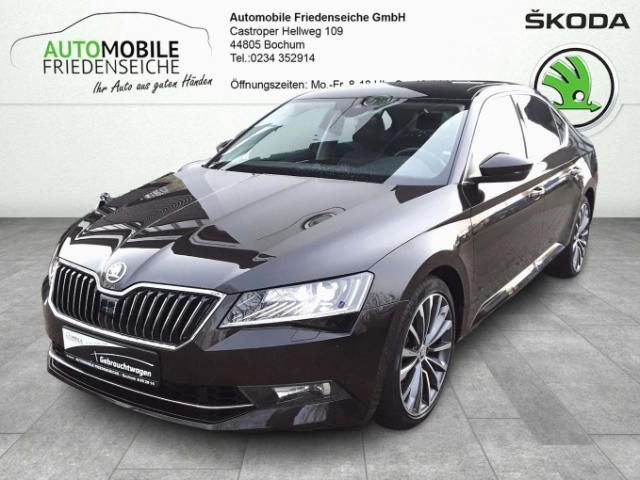 Skoda Superb L&K 4x4 2.0 TSI Leder Navi StandHZG Keyless AD e-Sitze ACC Parklenkass. Rückfahrkam., Jahr 2016, Benzin
