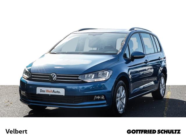 Volkswagen Touran 1.5 TSI PDC SHZ STANDHEIZUNG 7-SITZER ZV, Jahr 2021, Benzin