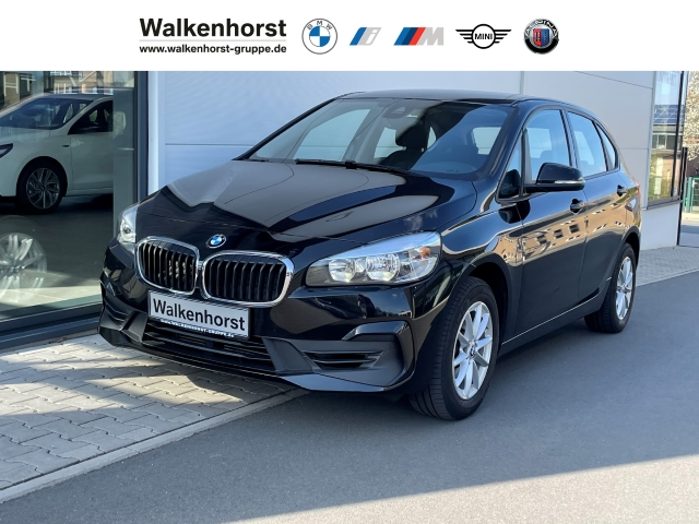 BMW 218 Active Tourer i Advantage AG GRA SHZ NAVI PDC-hi, Jahr 2019, Benzin