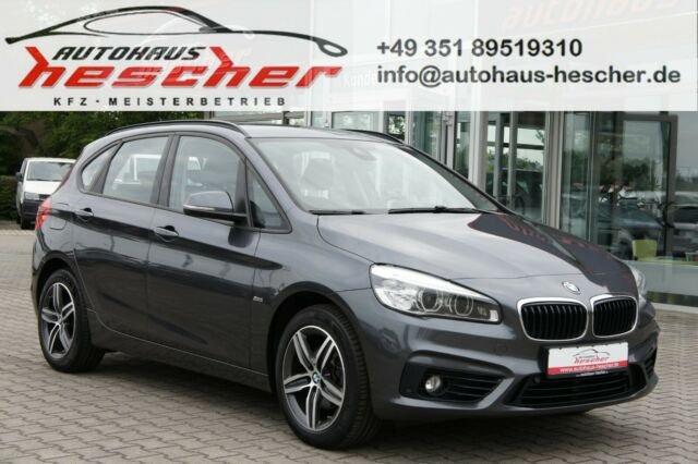 BMW 218i Active Tourer Steptronic Sport Line *NAVI*, Jahr 2017, Benzin