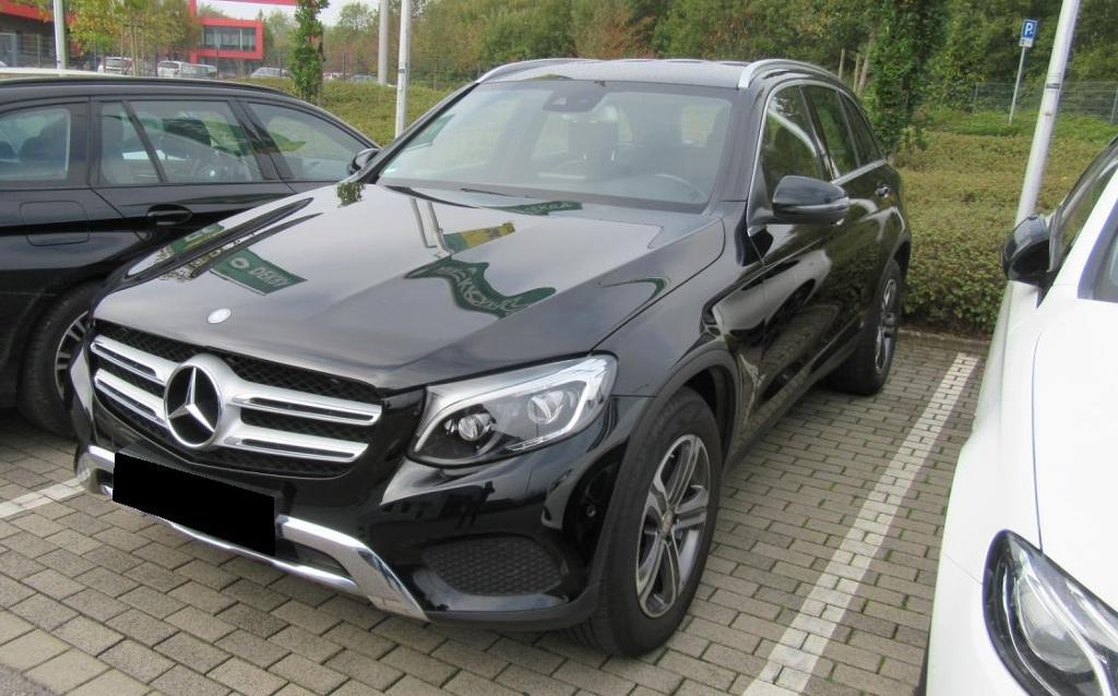 Mercedes-Benz GLC 220 d 4M OFF-ROAD Exclusive LED Navi Sitzhz, Jahr 2015, diesel