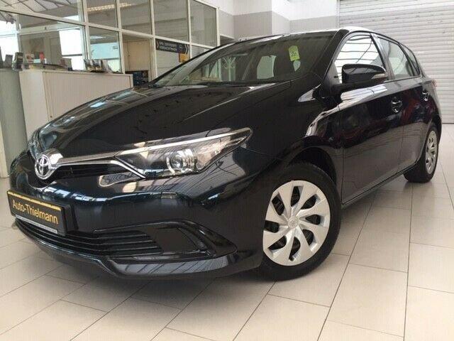 Toyota Auris Cool, Jahr 2016, Benzin
