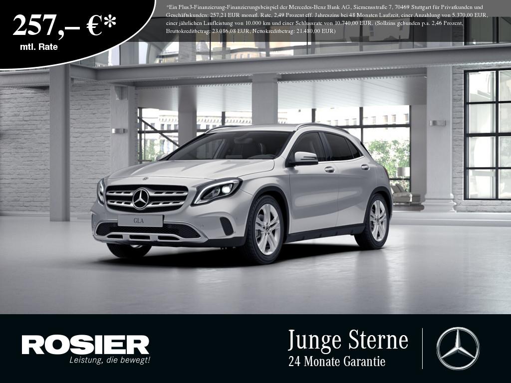 Mercedes-Benz GLA 220 d 4M Urban, Jahr 2017, Diesel