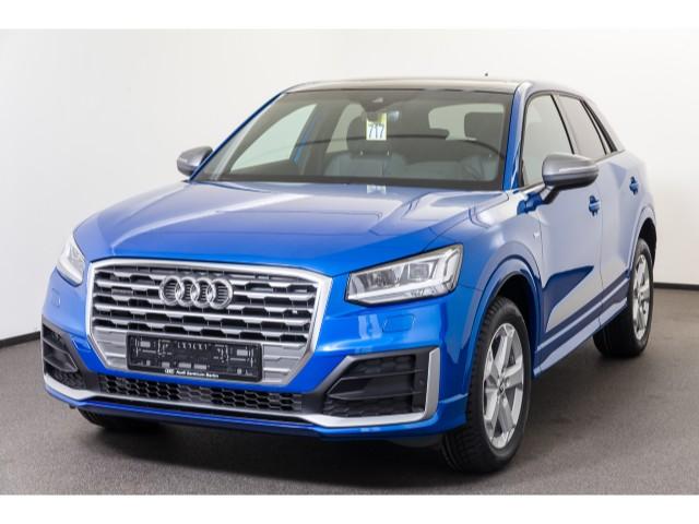 Audi Q2 design 40 TFSI quattro S tronic, Jahr 2020, Benzin