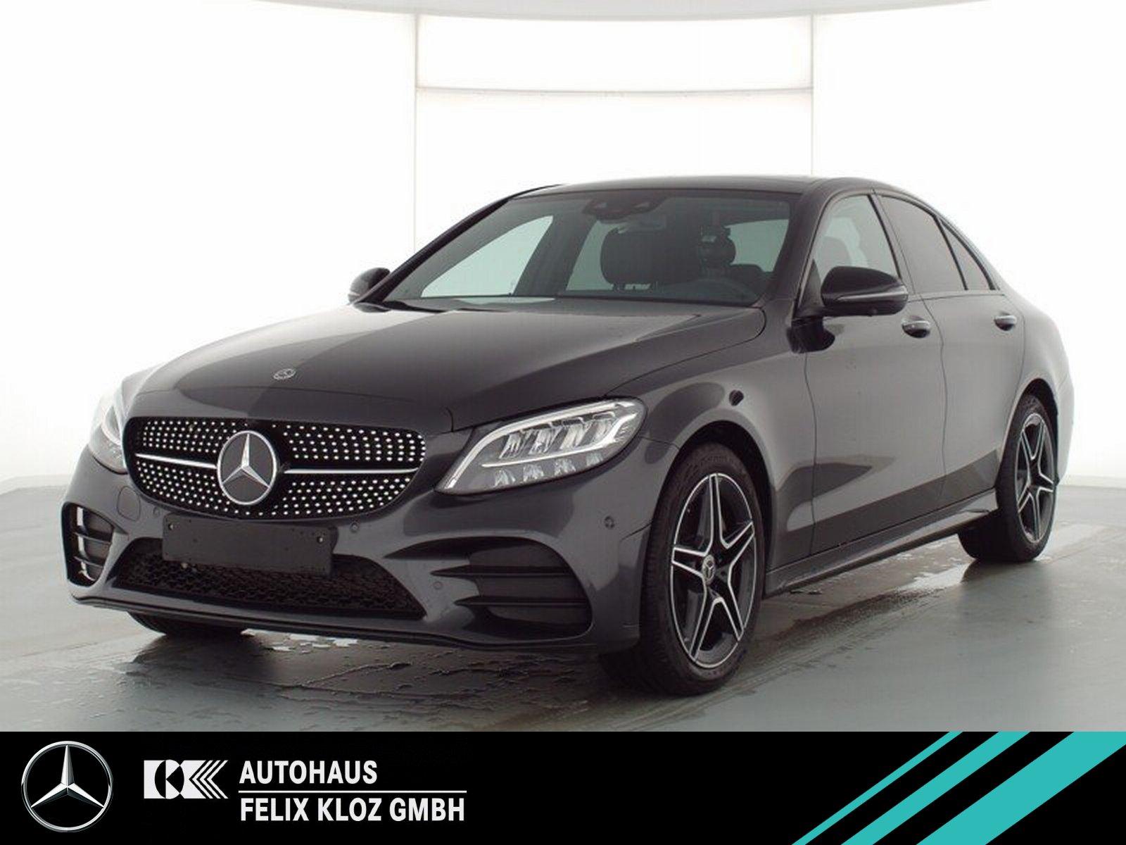 Mercedes-Benz C 300 AMG Night HUD Pano AirBody Carbon 360 Memo, Jahr 2020, Benzin