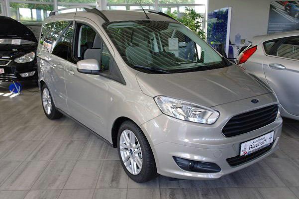 Ford Tourneo Courier 1.0 EcoBoost Titanium Sitzheiz., Jahr 2014, Benzin