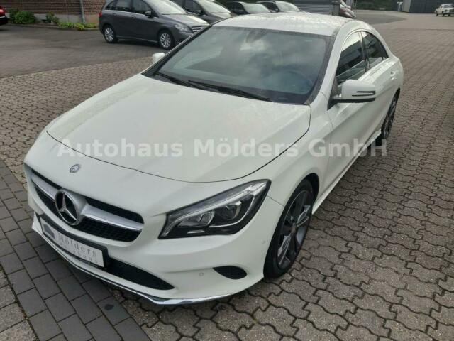 Mercedes-Benz CLA 180 *Garantie*LED*Navi*212 mtl., Jahr 2016, Benzin