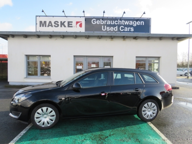 Opel Insignia Sports Tourer 1,6 CDTI Selection Navi, Jahr 2017, Diesel