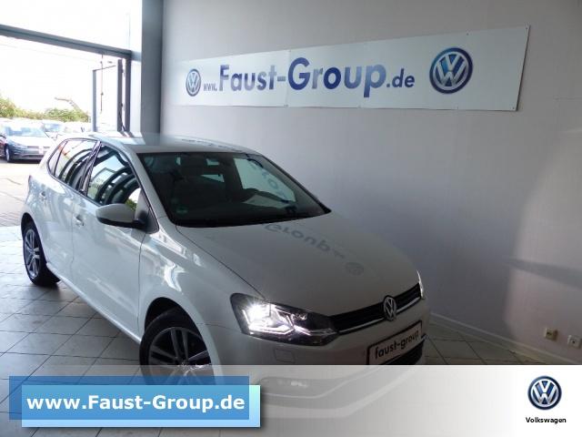 Volkswagen Polo Comfortline UPE 22000 EUR NAVI Bluetooth, Jahr 2015, Diesel