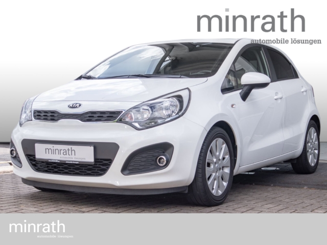 Kia Rio Dream Team 1.2 Klima SHZ PDC CD AUX USB MP3, Jahr 2014, Benzin