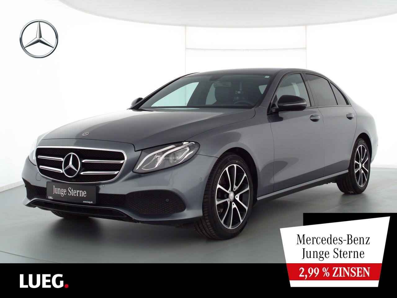 Mercedes-Benz E 220 d 4M Avantgarde+Navi+LED-HP+Night+Totw+RFK, Jahr 2020, Diesel