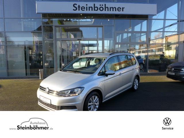 Volkswagen Touran Comfortline 1.5TSI Navi AHK 7Sitze ACC, Jahr 2019, Benzin