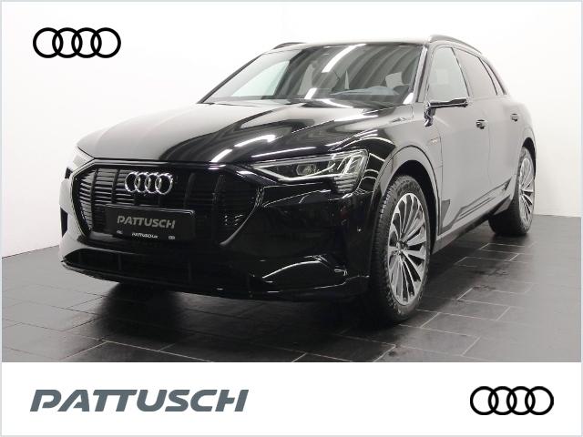Audi e-tron 55 quattro 408PS advanced 55 quattro 300, Jahr 2020, Elektro