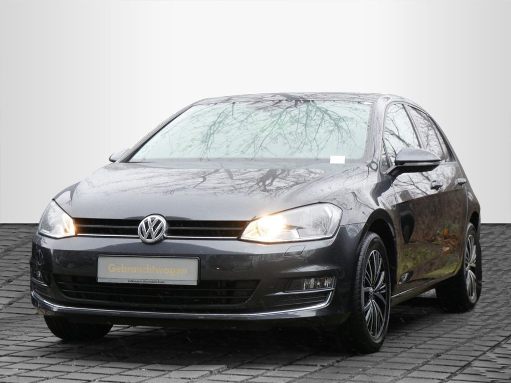 Volkswagen Golf VII 1.2TSI ALLSTAR NAVI PDC SHZ, Jahr 2016, Benzin