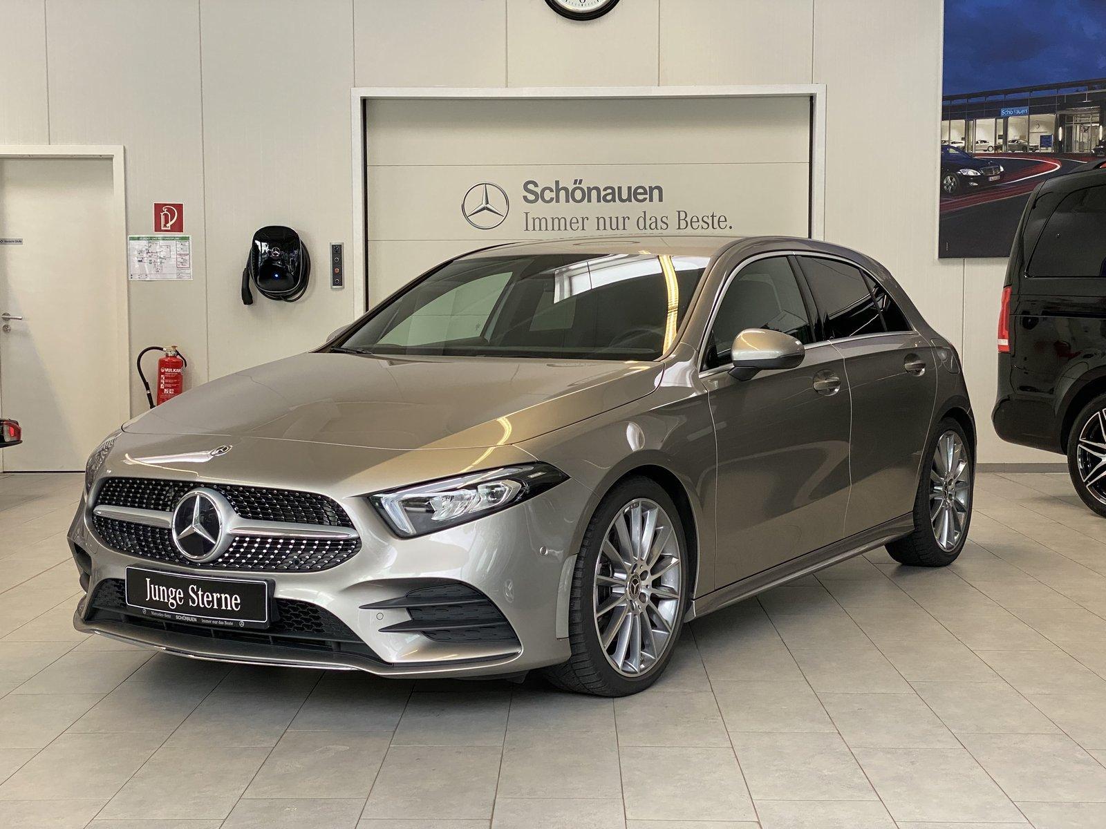 Mercedes-Benz A 220 AMG+NAVI-PREMIUM+LED+MBUX+SPIEGEL-PKT+KEYL, Jahr 2019, Benzin