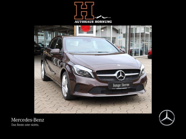 Mercedes-Benz A 220 d/Urban/PTS/7G-DCT/LED/ Garmin/Media/SHZG/, Jahr 2017, Diesel