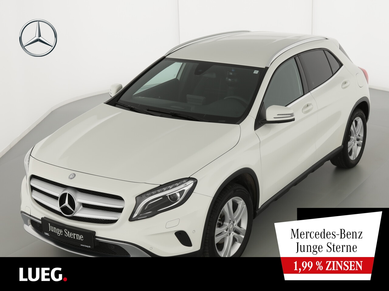 Mercedes-Benz GLA 180 Urban+Navi+BiXenon+SCORE+SHZ+aParkAssist, Jahr 2016, Benzin