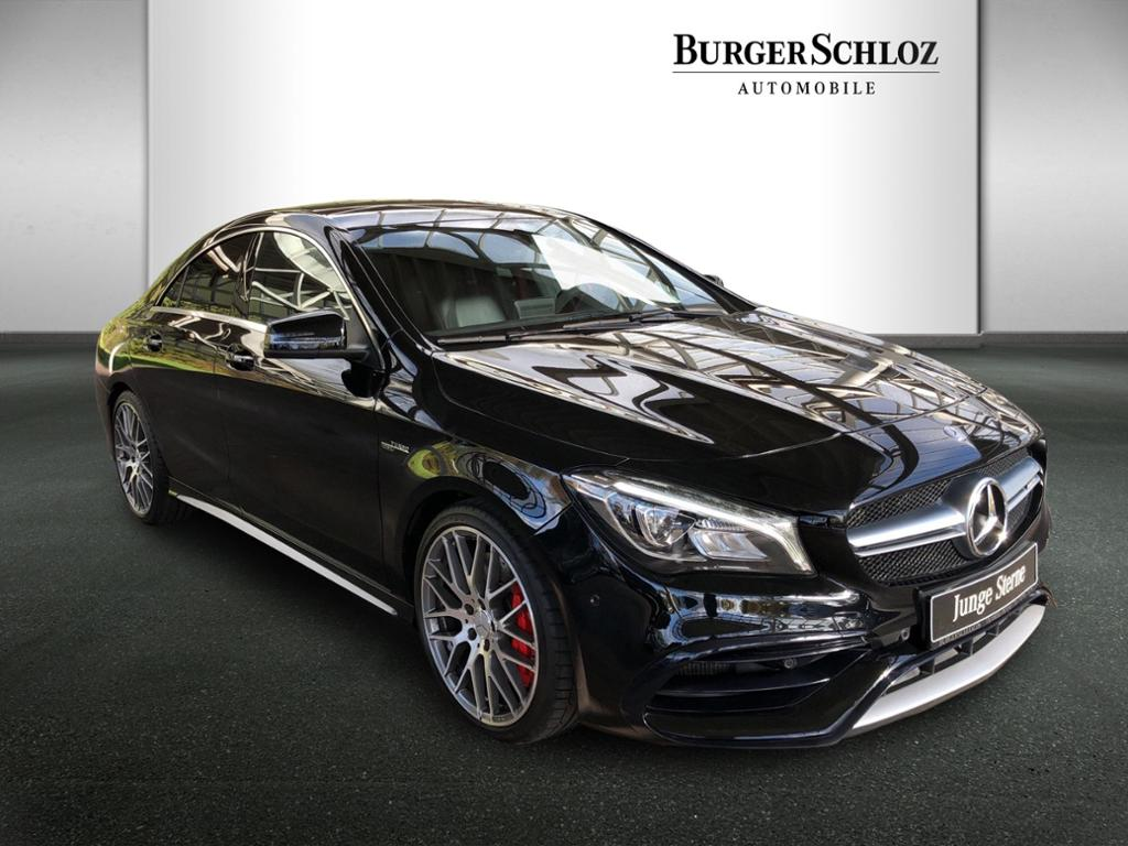 Mercedes-Benz CLA 45 AMG 4MATIC Perform.abGasanlage, Jahr 2016, Benzin