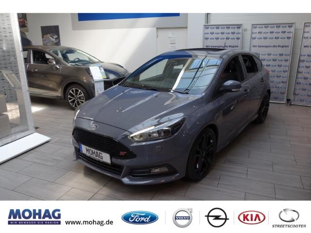 Ford Focus ST Klimaautomatik Navigation Ledersitze, Jahr 2016, Benzin