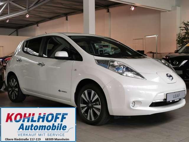 Nissan Leaf 24 kWh (mit Batterie) Tekna Vollleder Navi BOSE, Jahr 2015, Elektro