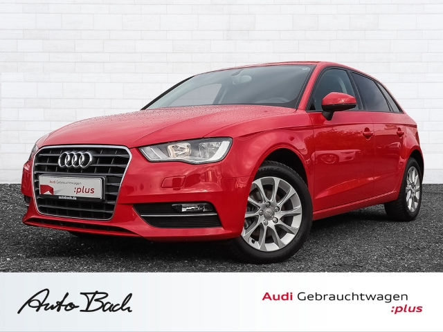 Audi A3 Sportback Attraction 1.2TFSI Klimaautomatik, Jahr 2014, petrol