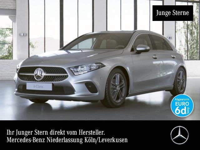 Mercedes-Benz A 180 Progressive Navi Premium AHK Kamera PTS Temp, Jahr 2019, Benzin