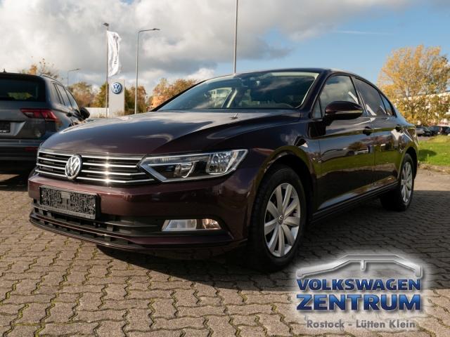 Volkswagen Passat 1.4 TSI BMT Trendline Klima Einparkhilfe, Jahr 2015, Benzin