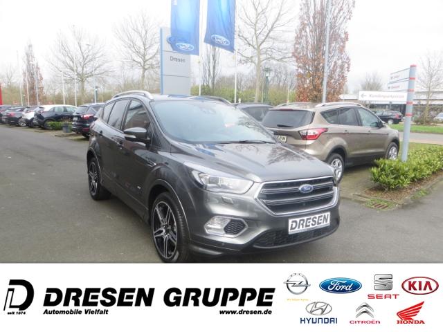 Ford Kuga Black & Silver Navi+Parklenkass+Rückfahrkam+Allrad, Jahr 2018, Benzin
