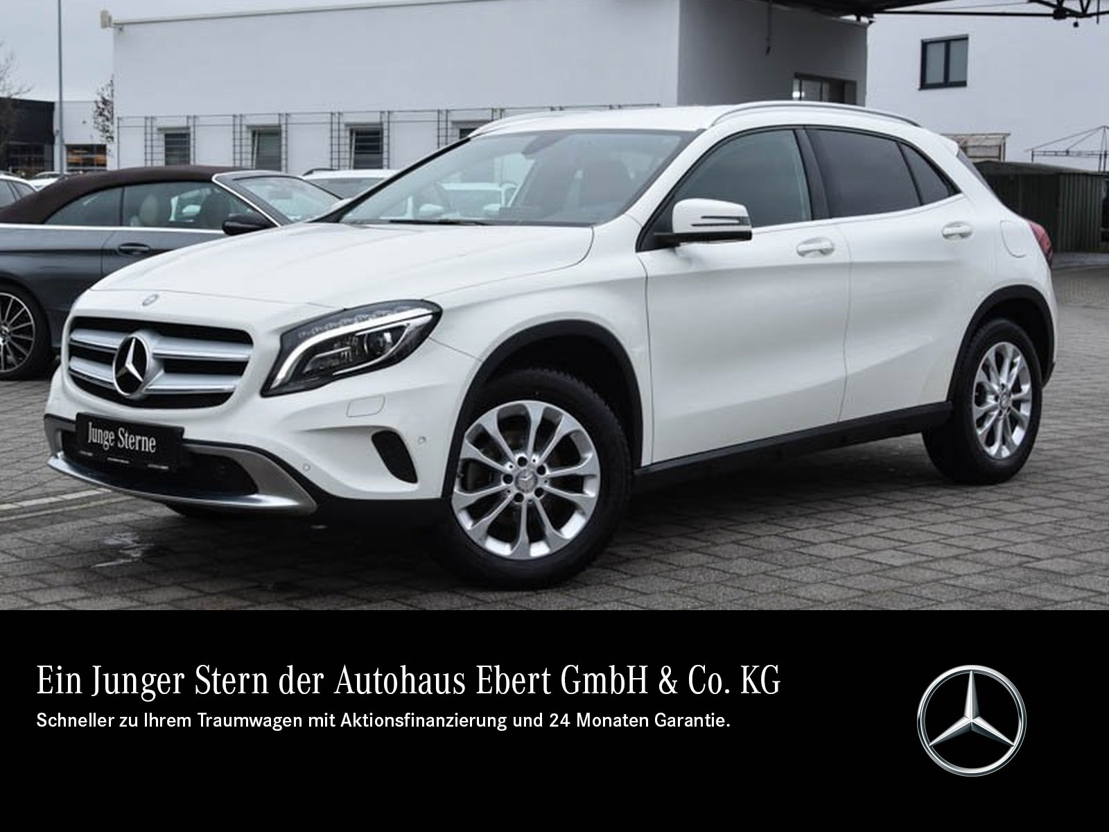 Mercedes-Benz GLA 220 d Urban 7G-DCT+NAVI+AHK+ILS+LEDER+EU6, Jahr 2015, Diesel