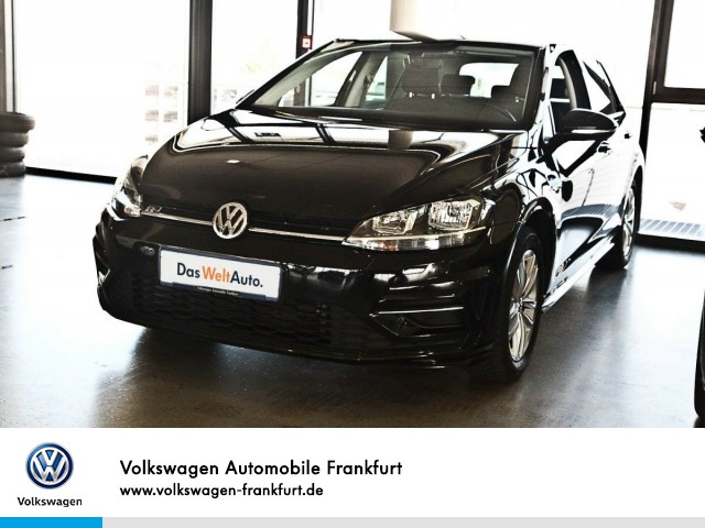 "Volkswagen Golf VII 1.5 TSI Comfortline ""R-Line Exterieur"" Navi Klima Golf 1,5 CLBM 110TSI M6F, Jahr 2018, petrol"