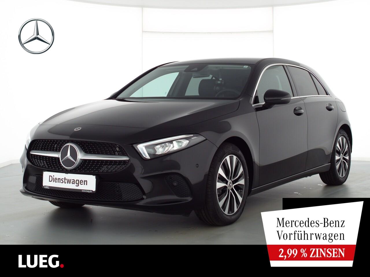 Mercedes-Benz A 180 PROGRESSIVE+TOTW+KAMERA+LED+PTS+DKL.GLAS, Jahr 2021, Benzin