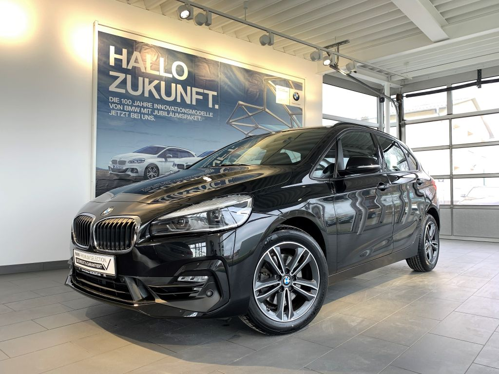 BMW 220i Active Tourer LEDer+KOMF+TEM+NAVI+HARM+SITZH, Jahr 2018, Benzin