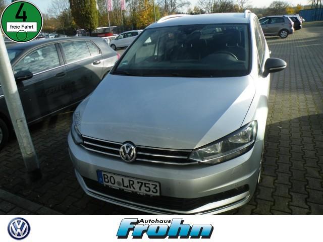 Volkswagen Touran Klima Navi Rückfahrkamera, Jahr 2020, Benzin