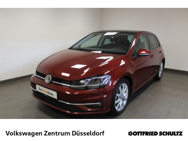 Volkswagen Golf 1.5 TSI Highline *LED*Pano*Navi*Standhzg*Keyless*, Jahr 2019, Benzin