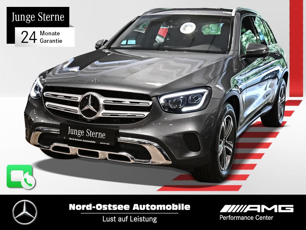 Mercedes-Benz GLC 300 4M Distr Multib 360° Keyless Sitzhzg, Jahr 2020, Benzin
