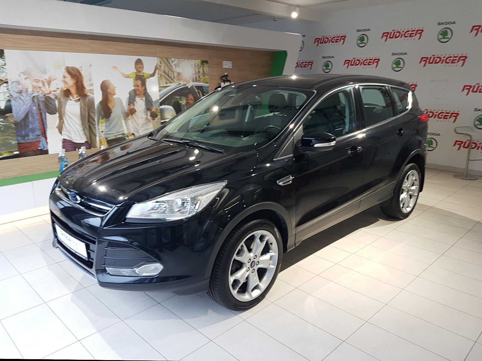 Ford Kuga 1.6 Titanium ECO Boost NAVI, Jahr 2013, Benzin
